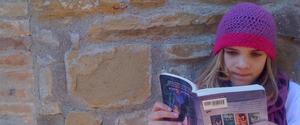 Olive reading